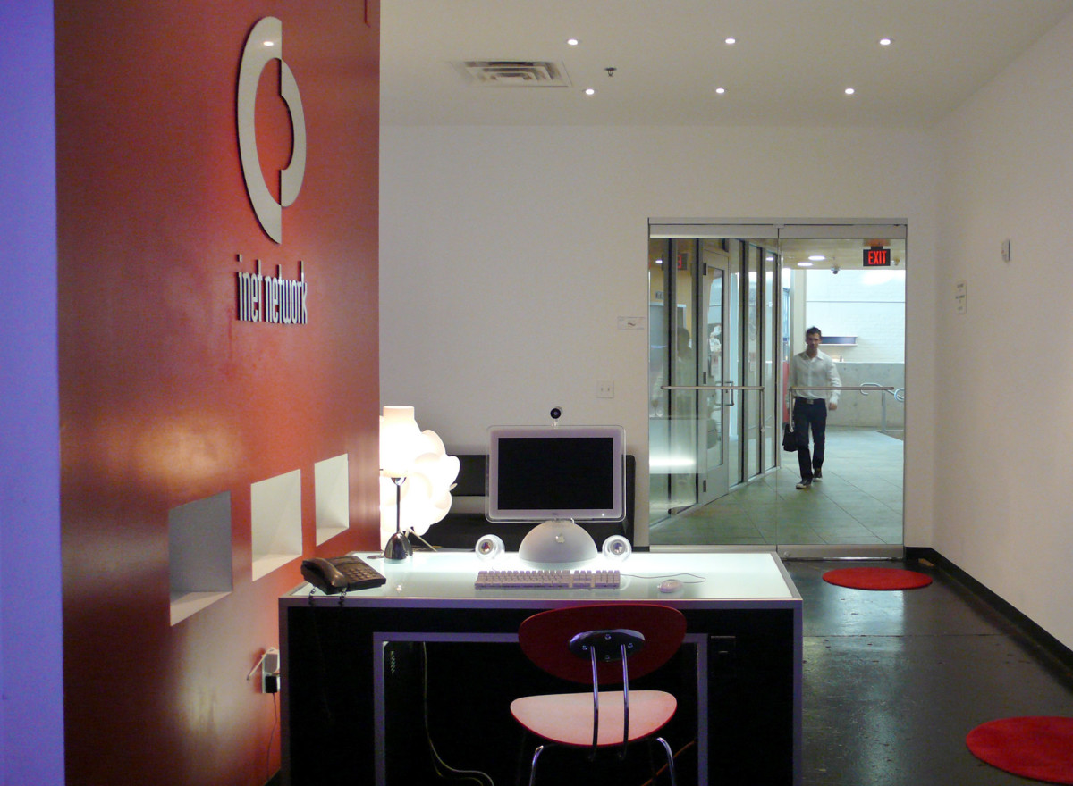 iNet Network office designed by Hower Architects